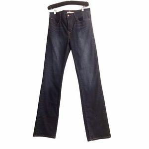 Women's Levi's Slimming Straight-Leg Jeans